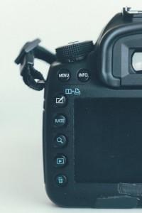 Canon image review buttons | Canon vs Nikon